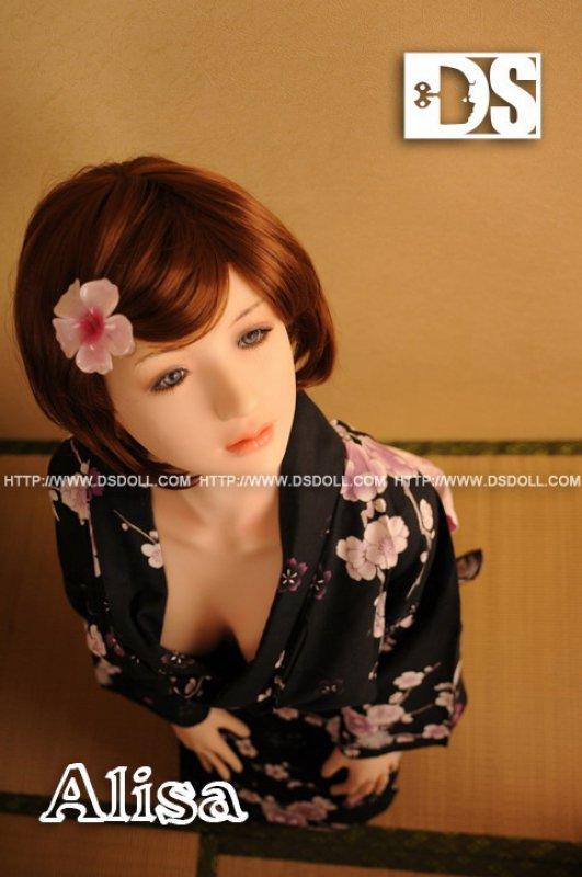 Doll Sweet 158 body with Alisa head in LPink skin color.