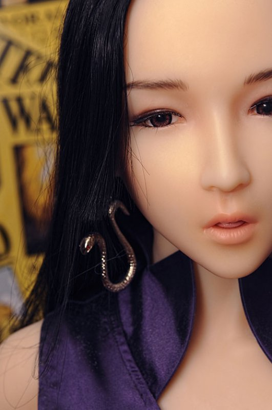 Doll Sweet 168 cm body with Snowy head in LPink skin color.