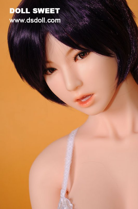 Doll Sweet 158 Plus body with Thera head in Yellow skin color.
